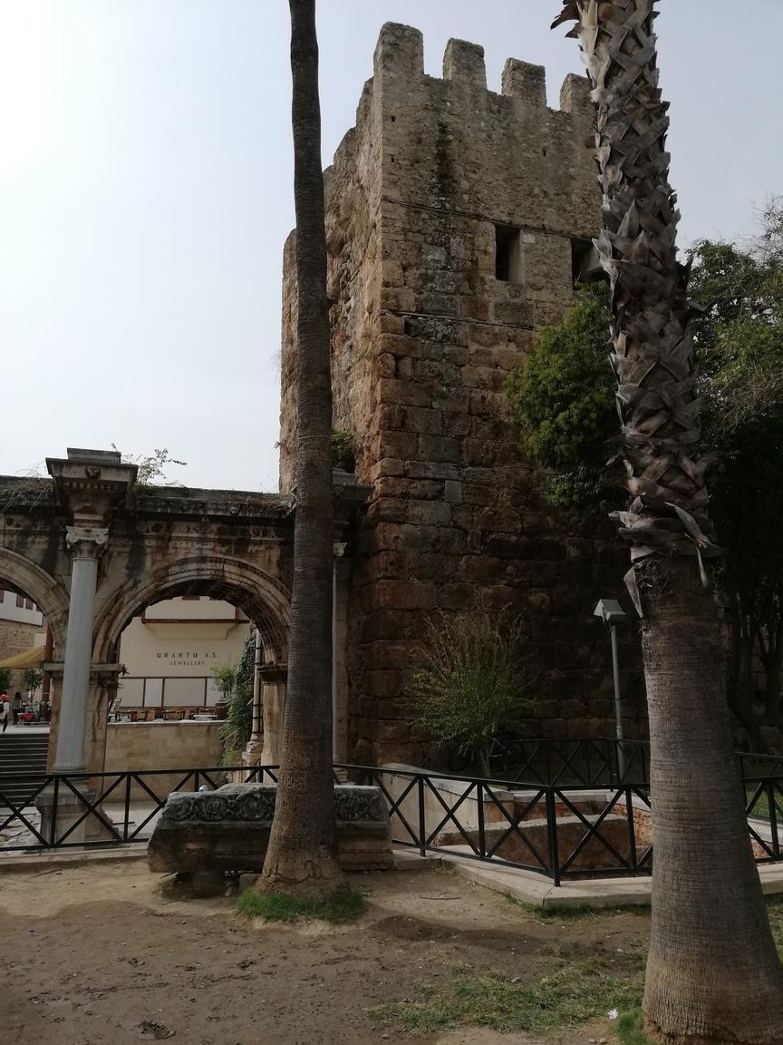 Antalya oras vechi